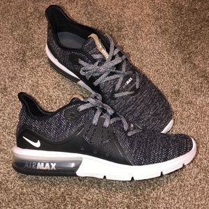 Nike Air Max Sequent 3 (NWT)